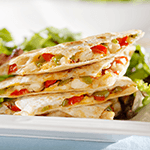 Quesadilla filled with chicken and vegetables