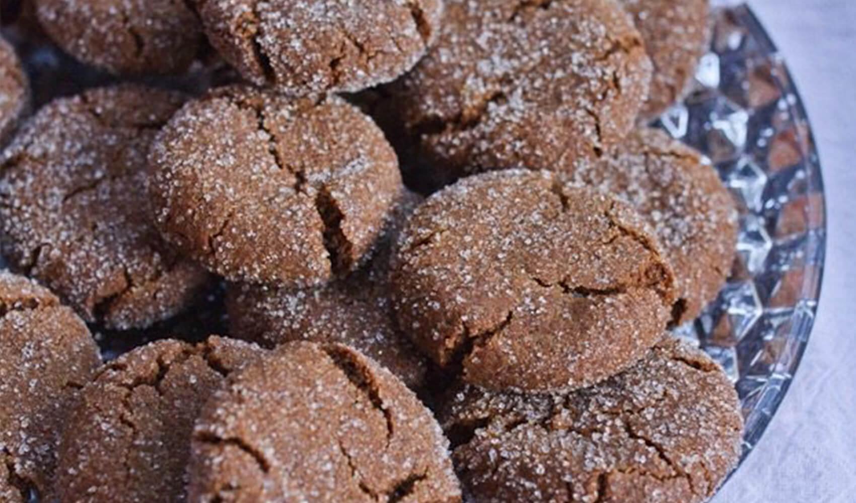 Quinoa Gingersnap Cookies (Vegan & Gluten-Free)