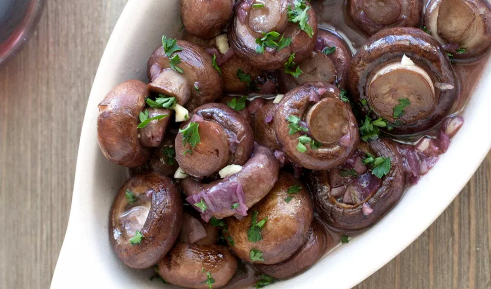 Red Wine and Garlic Mushrooms
